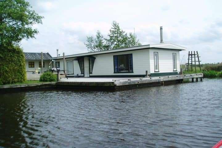 Woonboot Bernelân